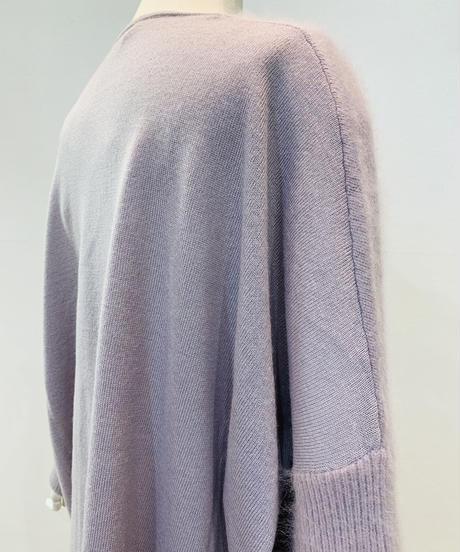 前面ラクーン袖V襟リブニット