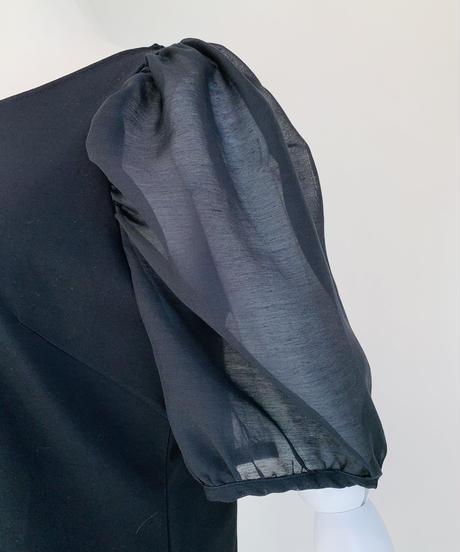 シアーパフ袖プルオーバー