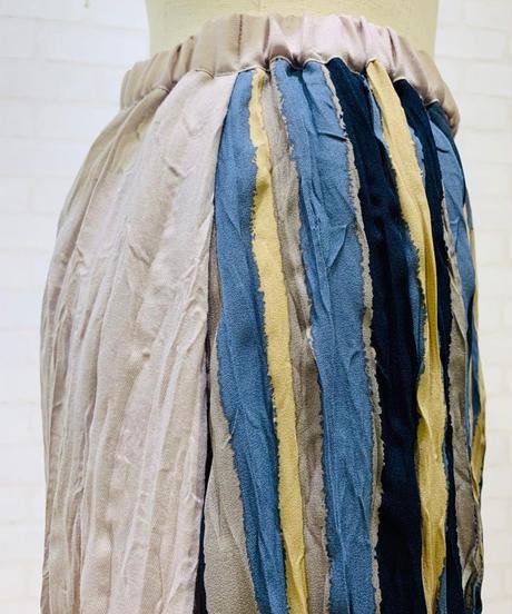 前後生地切り替えシャーリングスカート