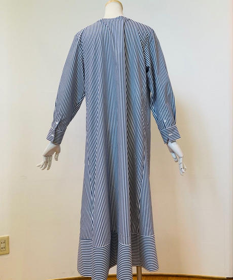 ピンストライプ・裾切り替えロングシャツ