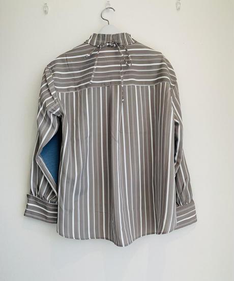 ニットレイヤードシャツ