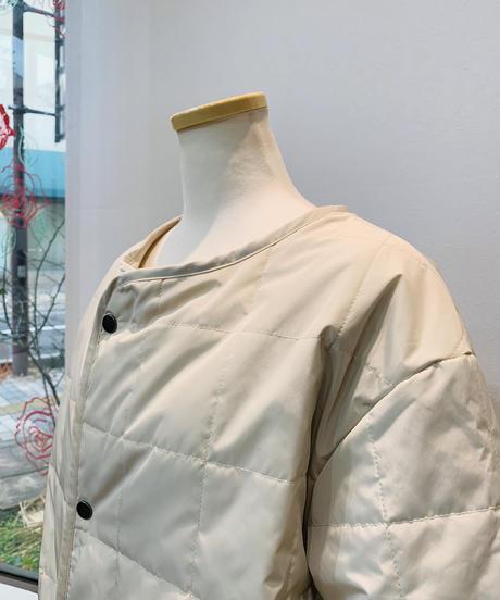 中綿リバーシブル軽量コート