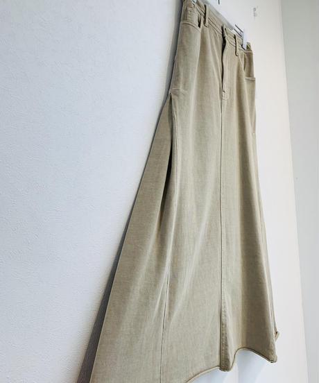 サイドボックススカート