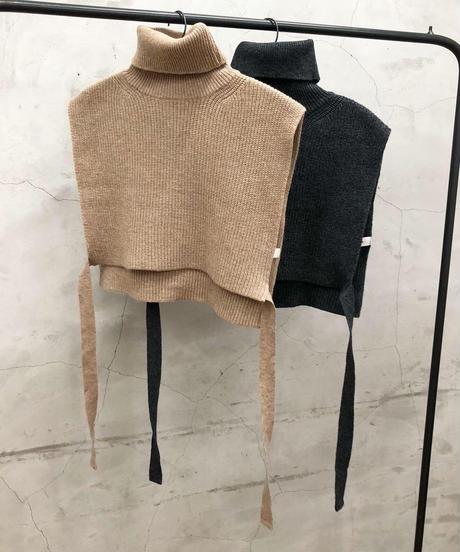 turtle knit vest