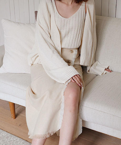 side button skirt