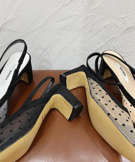 low heel dot shoes