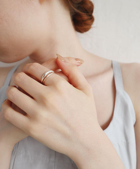silver plump ring