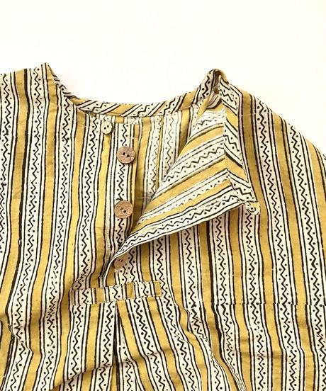 ヘンリーネックシャツ