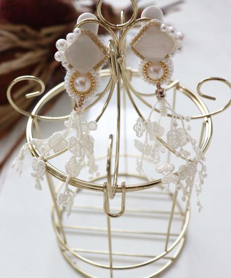lace tassel bijou earring