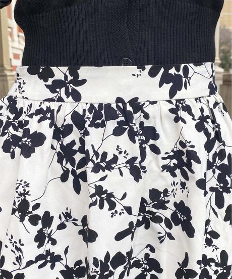 〈再入荷〉fleur flare skirt