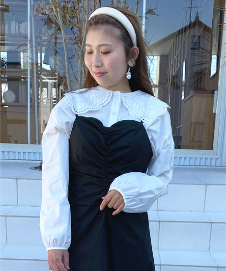 embroidery collar blouse