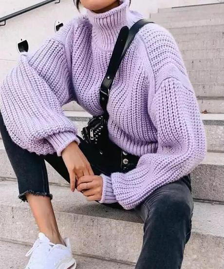 パープルニットセーター
