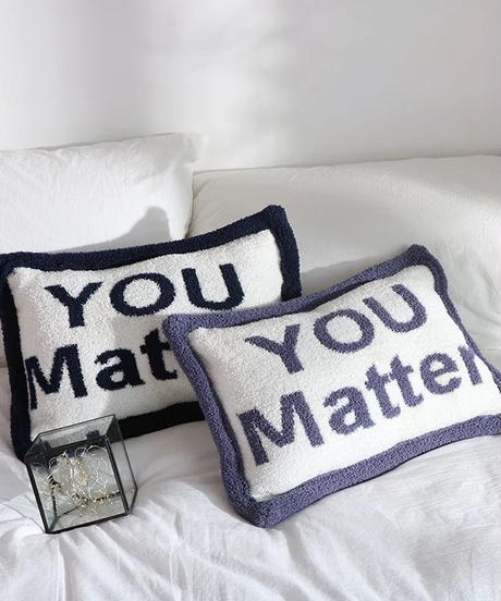 You Matterロゴ枕 4色展開