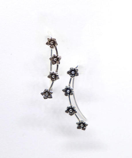 momentel jewelry   flower ear cuff