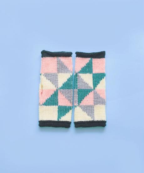 色づかいの編み小物 パッチワークアームウォーマーの糸セット