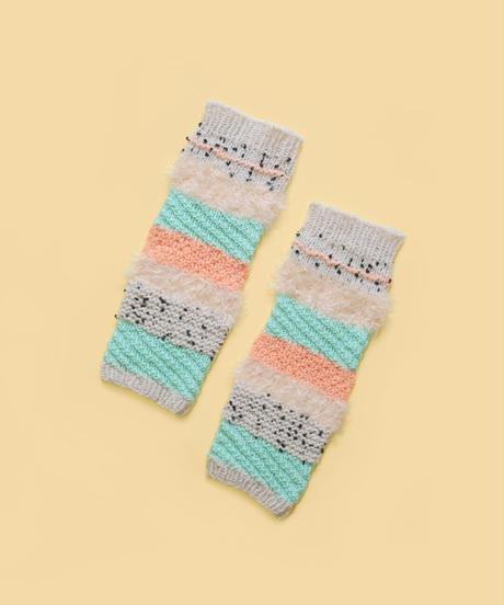 色づかいの編み小物 レッグウォーマーの糸セット