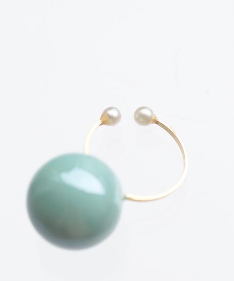 one beads ear cuff