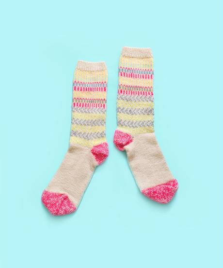 色づかいの編み小物 靴下の糸セット