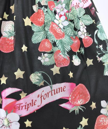Triple* fortune /スターストロベリーワンピース(ブラック)