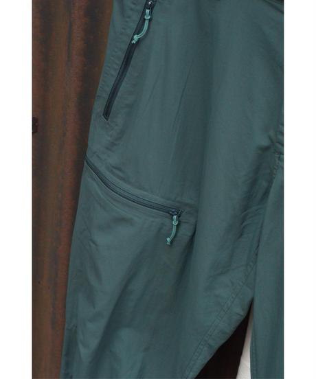 Calient Pants / PINE