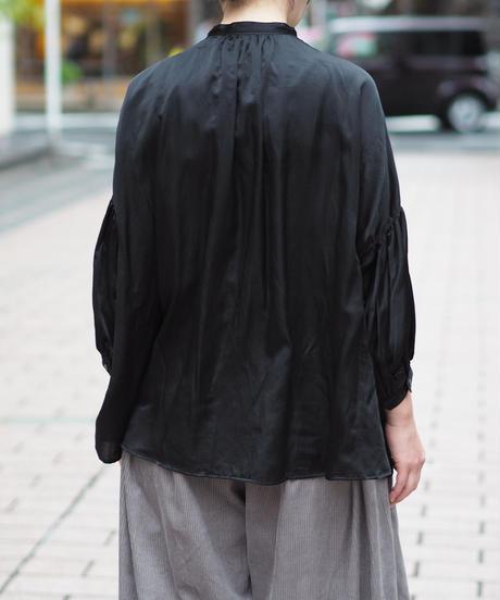 suzuki takayuki/puff-sleeve blouse