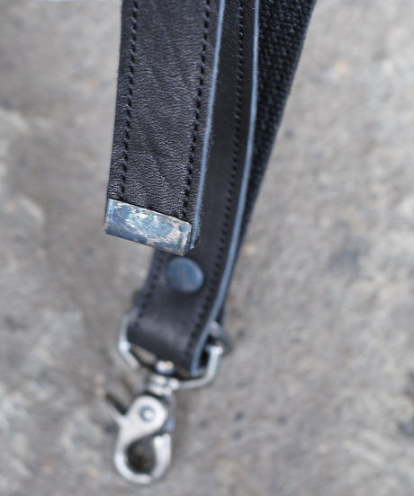 Portaille/NECK STRAP(horse heat shrink leather)