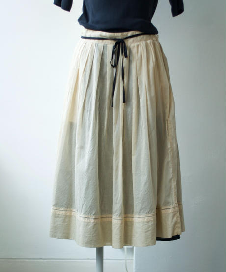 ASEEDONCLOUD /hideout skirt(stationery color cloth・chamomile)