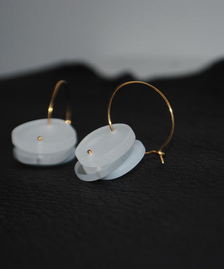 MMAA/oto 29 (white・pair foop pierce )