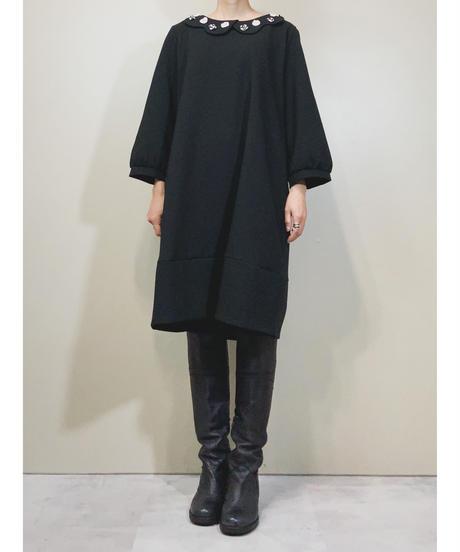 Frilled collar black plain dress-1687-2