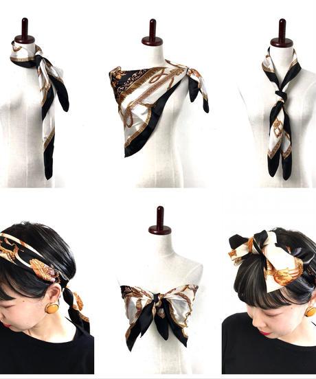 Retro scarf