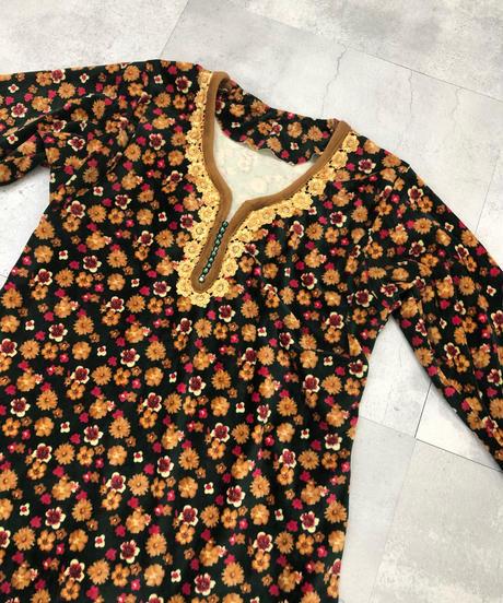 Flower design lace neck handmade maxi dress-1517-11