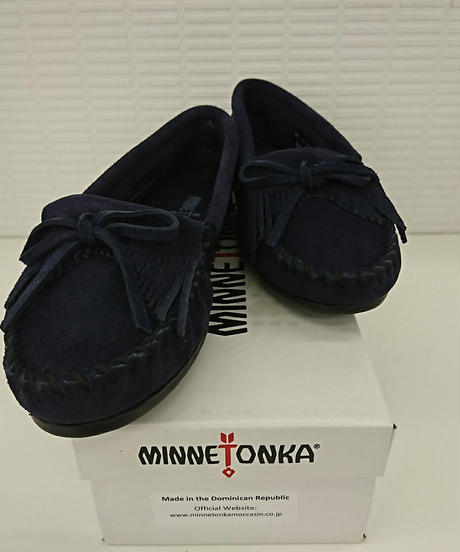 【Ladies】【新品】MINETONKA スウェードモカシン KILTY 409T 23.5cm ネイビー(67)
