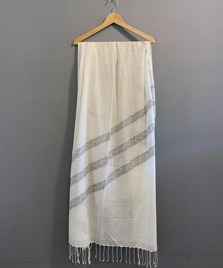 <women>yantra(ヤントラ)カディコットン・ジャムダニ織り・ストール / オフホワイト