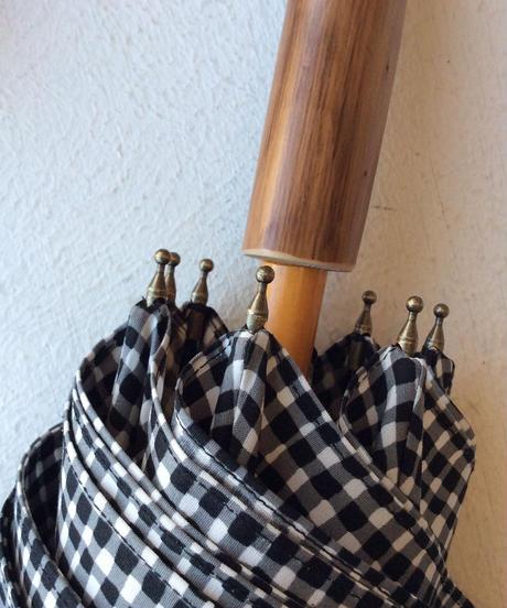 <unisex>Bon Bon Store(ボンボンストア) ドローイングチェック長傘(晴雨兼用)/白黒チェック