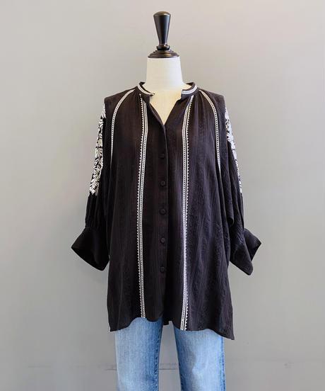 <women>ne Quittez pas(ヌキテパ)刺繍8分袖ブラウス / ブラック