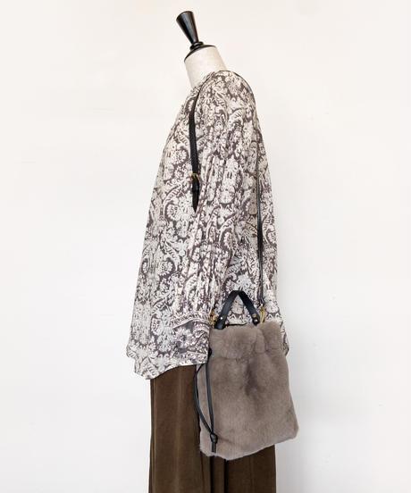 <women>VIOLAd'ORO(ヴィオラドーロ)エコファー巾着ショルダーバッグ / MOCHA(モカ)