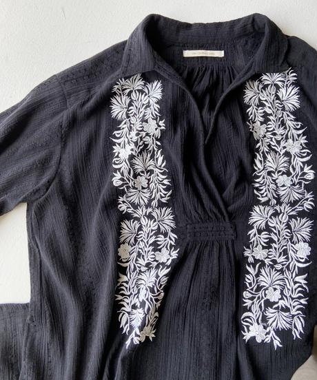 <women>ne Quittez pas(ヌキテパ)刺繍ワンピース / ブラック