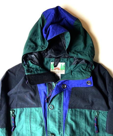 90s EMS Nylon Mountain parka