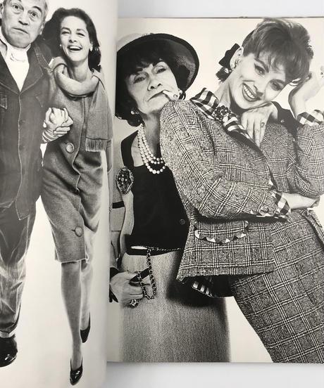 Title/ Photographs 1947-1977  Author/ Richard Avedon