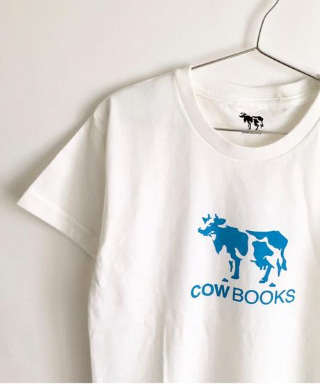 COW BOOKS KIDS T-shirts