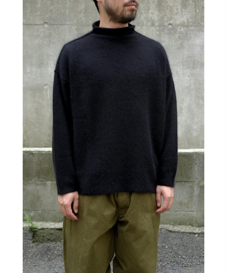 yoko sakamoto / RACCOON WOOL MOCK NECK KNIT / col.BLACK