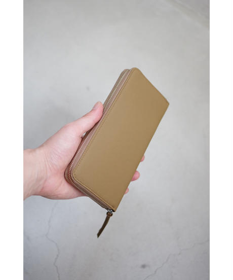 ERA. / BUBBLE CALF ROUND SLIM WALLET / col.TAUPE