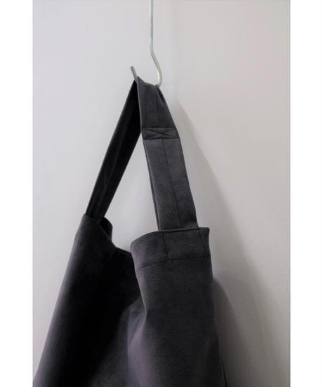 ERA. / M.S PIPE BAG / col.CHARCOAL