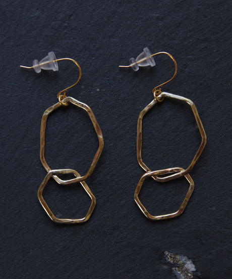 BRASS YARD / gleamピアス