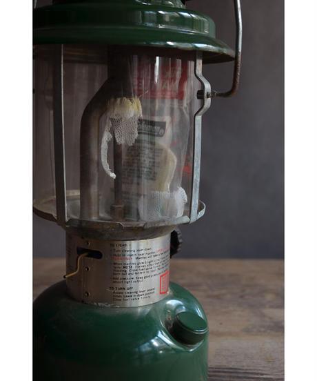 09-MT344431 Coleman Lantern 200A 1979 /GRN