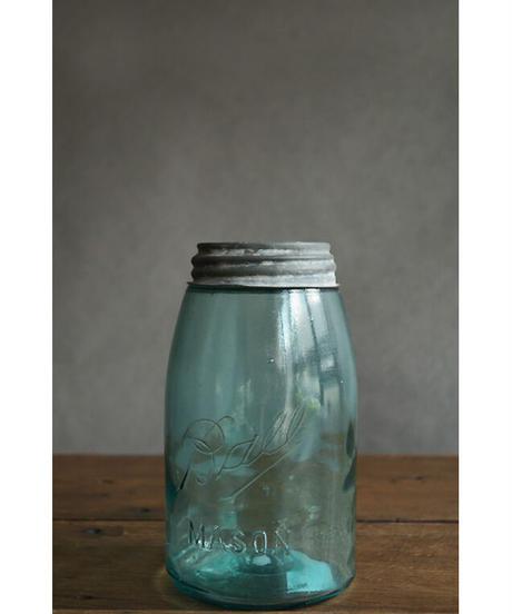09-GO714219-02  Mason jars old-02