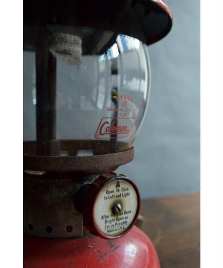 09-MT344396 Coleman lantern 200A