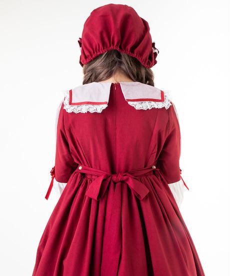 【d.Alice】ボンネット付赤長袖ワンピース