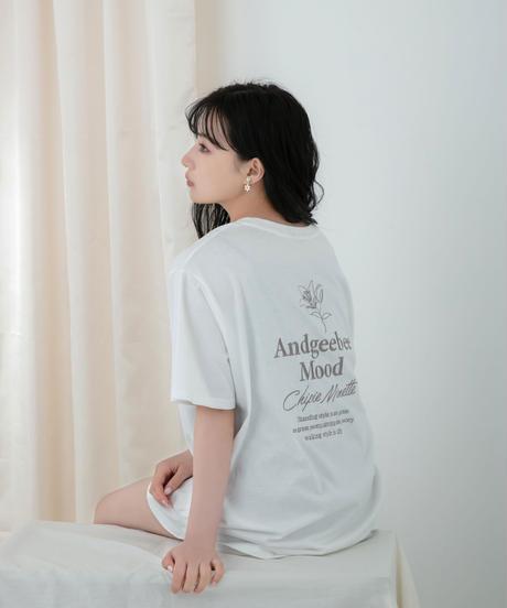 【UNISEX】リリーエンブロイダリーTシャツ AG212CS0520