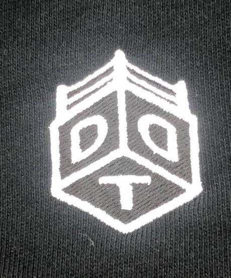 DDTオフィシャル刺繍ロゴスウェットハーフパンツ